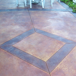 Custom finishes: Concrete sidewalks, patios, pads, driveways, steps...Stained, Stamped, Decorative cuts...